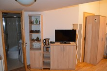 Rumbach Studio Apartment (2 Adults)